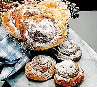 Vuelos baratos Mallorca: te recomendamos la Ensaimadas, lo mejor de la gastronomia de Mallorca.